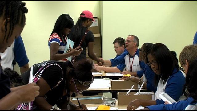 Mayor Barrett kicks-off annual Earn & Learn youth program ...